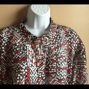 Ruby Rd tunic style button front hop.